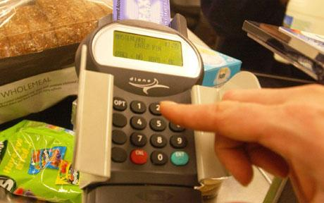 how to use a chip and pin machine